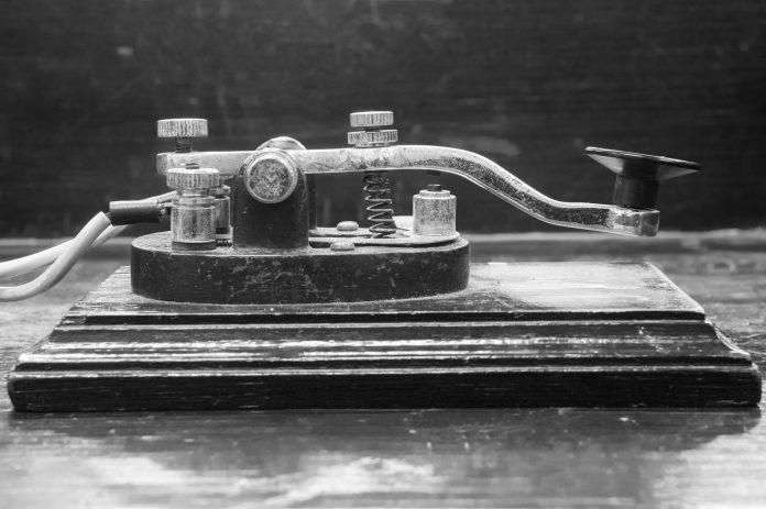 Con casi 200 años de existencia, el código Morse fue fundamental en las comunicaciones de larga distancia.